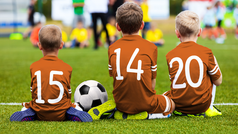 6 Lessons Kids Can Learn From Playing Sports