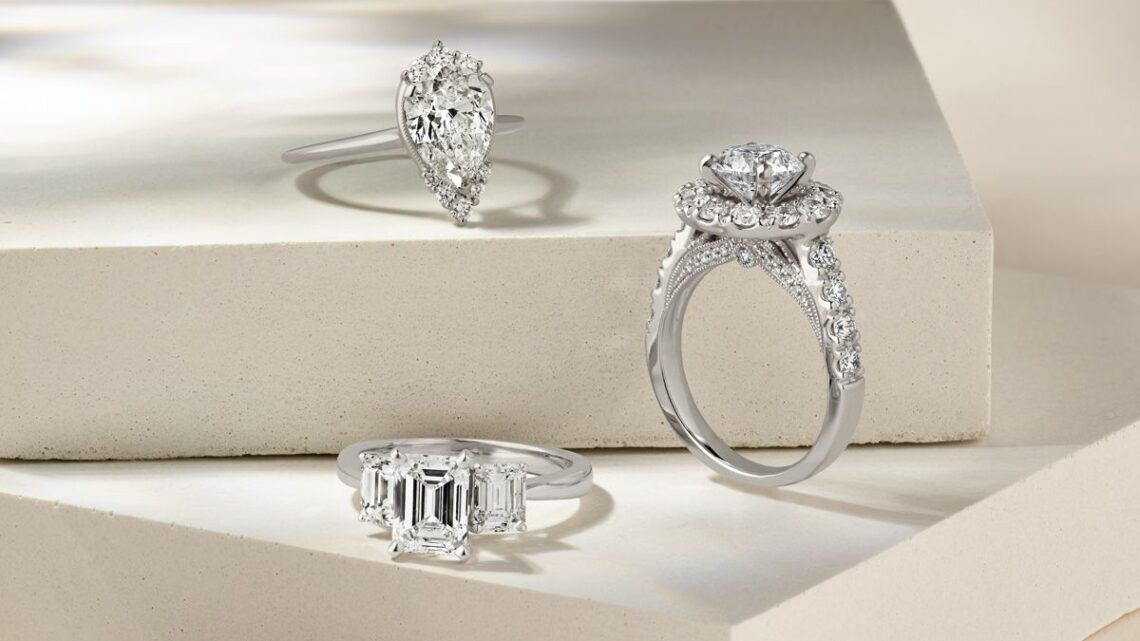 How do you choose engagement rings if husband and wife have different tastes?